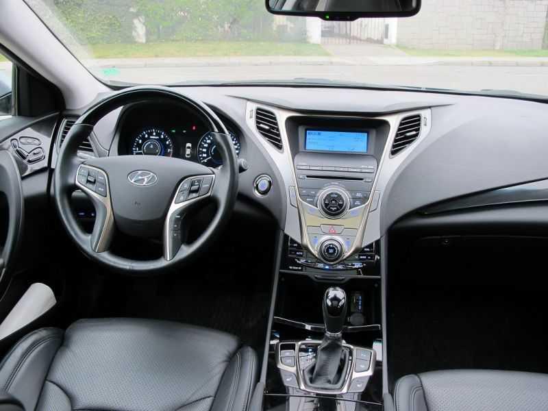 Hyundai Azera 3.0 V6 2014: Clase ejecutiva coreana - Rutamotor ...