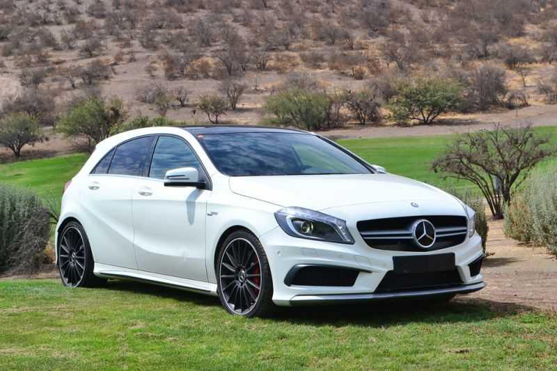 Mercedes benz a45 amg 360 cv 2014 la bestia tama o for Mercedes benz complaint department