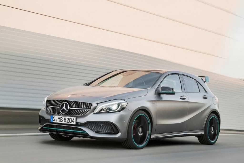 Mercedes clase a 2016 cambios est ticos sutiles y mayores for Mercedes benz 2016 precio
