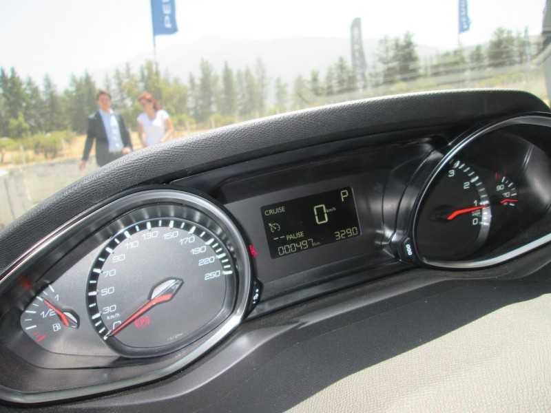 Lanzamiento en Chile:Peugeot 308 1.2T Puretech tricilindrico