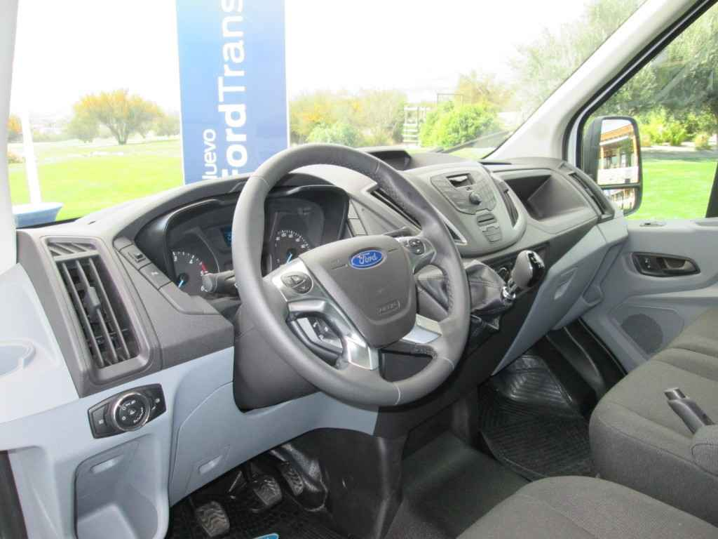Ford Transit 2015 Lanzamiento Chile (10)