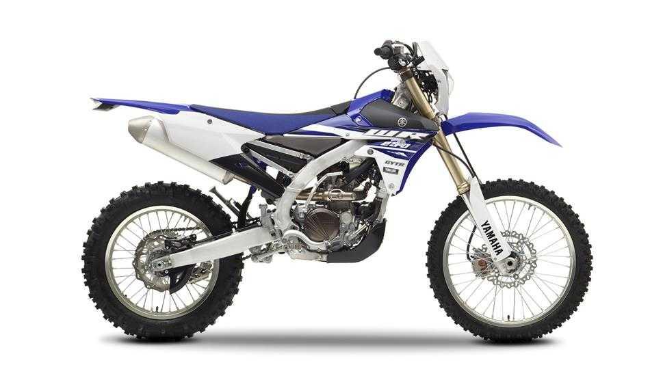 2015-Yamaha-WR250F-EU-Racing-Blue-Studio-002