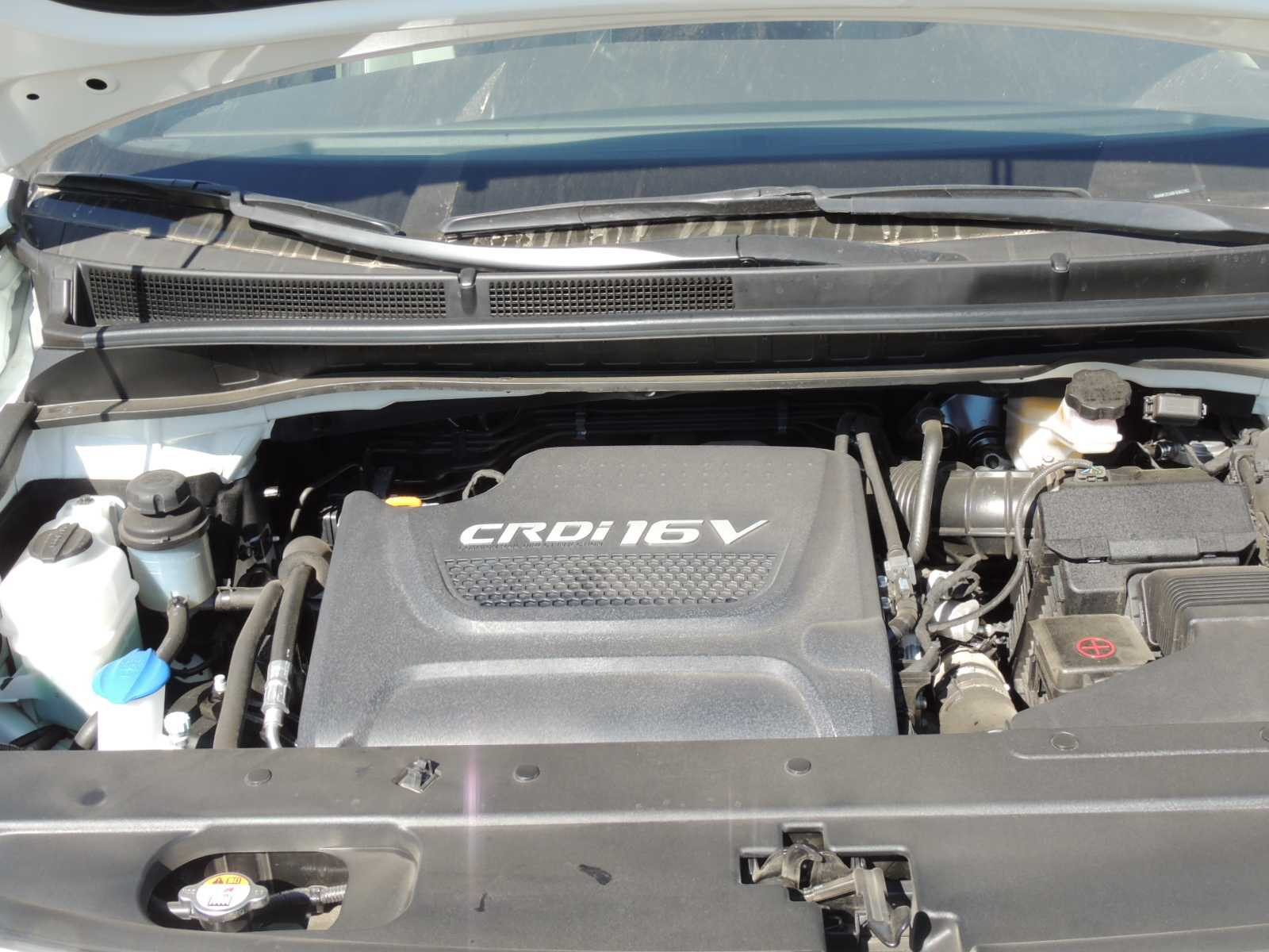 KIA Carnival EX 2.2L DSL 6AT 8P Limited 2015 Test Drive Rutamotor (12)