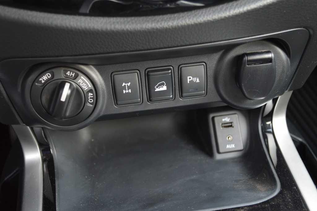 Nissan NP300 LE 4x4 (56)