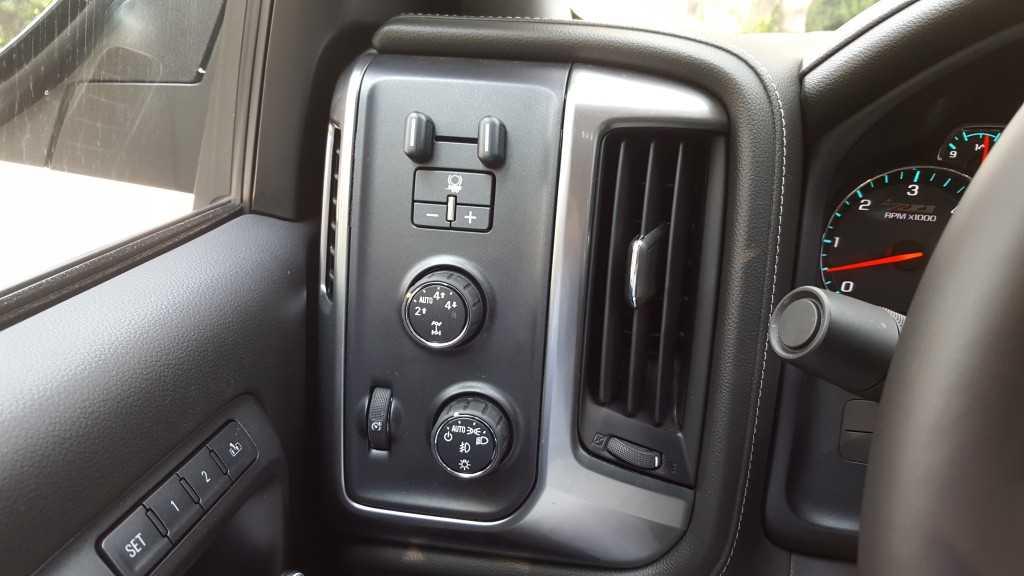 Chevrolet Silverado Midnight (15)