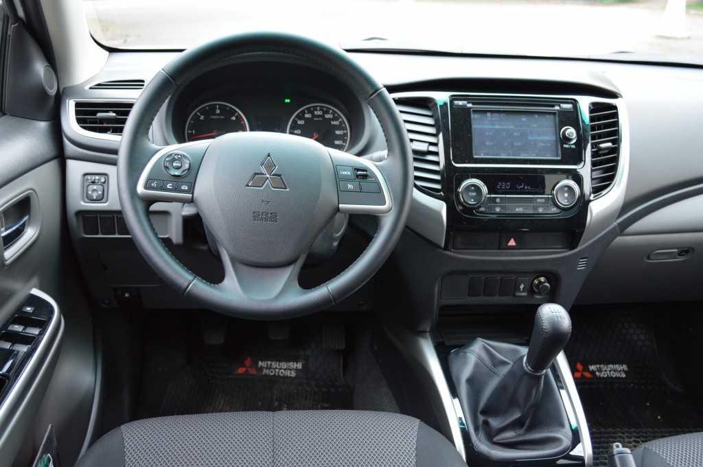 Mitsubishi L200 2.4 2016JPG (16)
