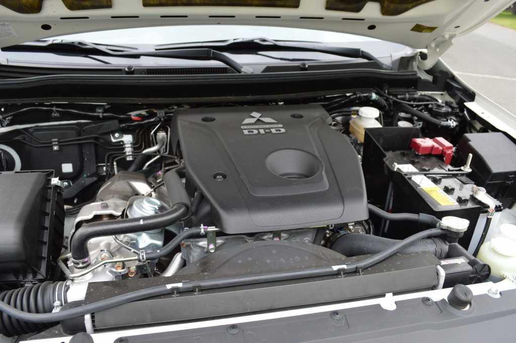 Mitsubishi L200 2.4 2016JPG (50)