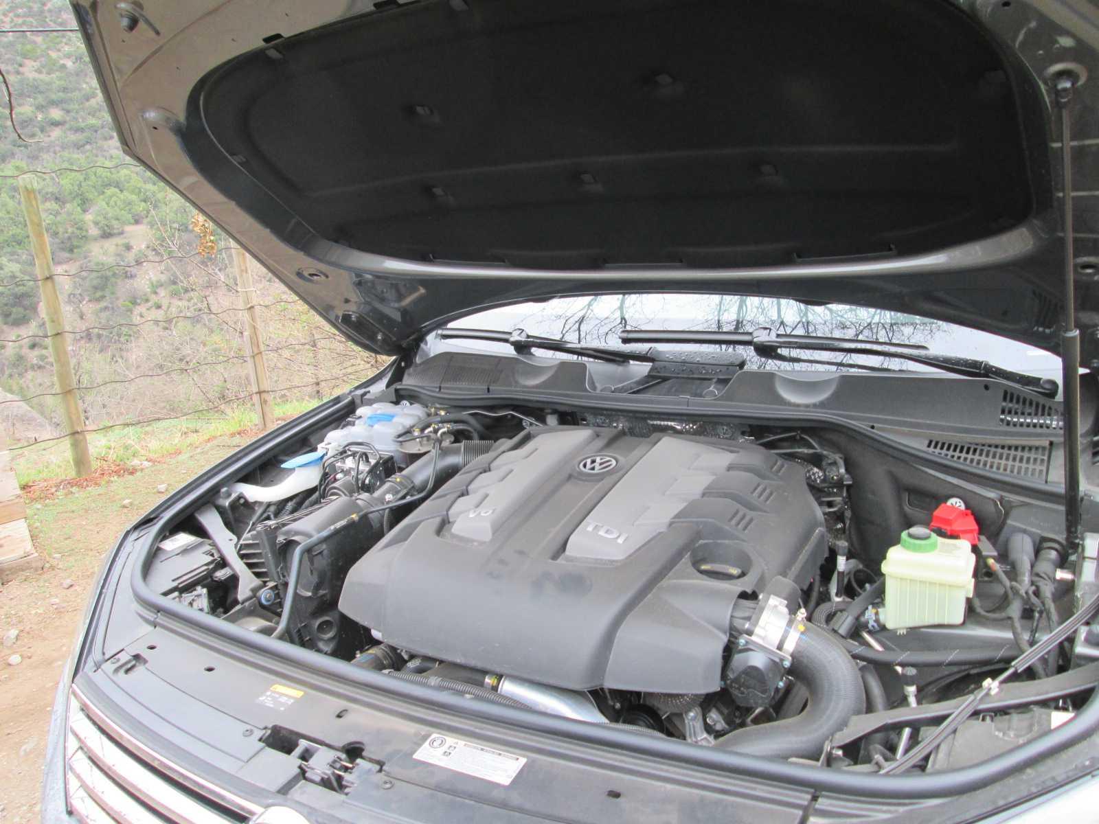 Volkswagen Touareg 3.0 TDI 2016 Test Drive Rutamotor (30)