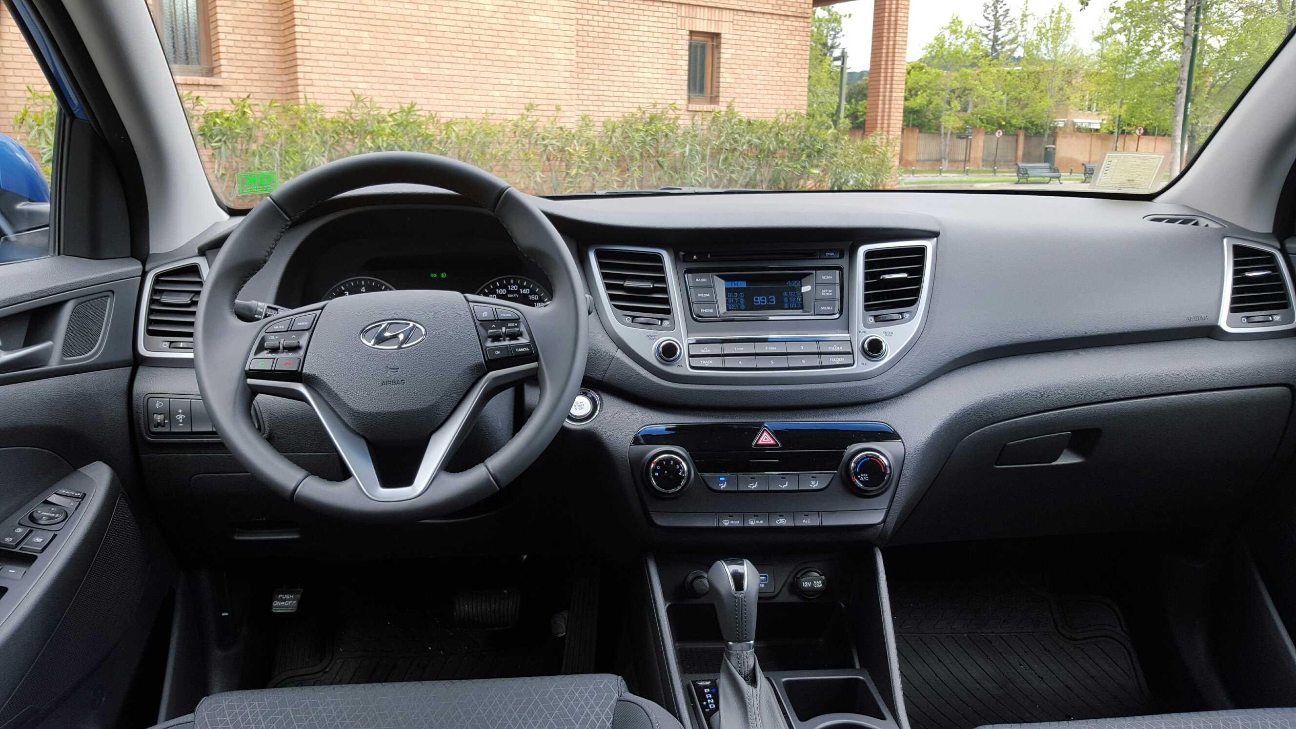 Hyundai Tucson Tl 2 0l 153 Cv 6at Gls Premium 2016 Rutamotor
