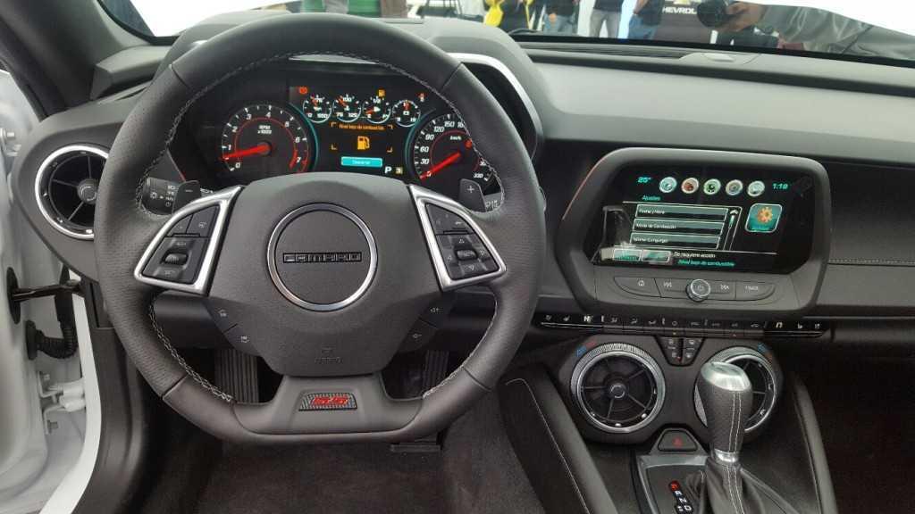 Chevrolet Camaro 2016 (24)