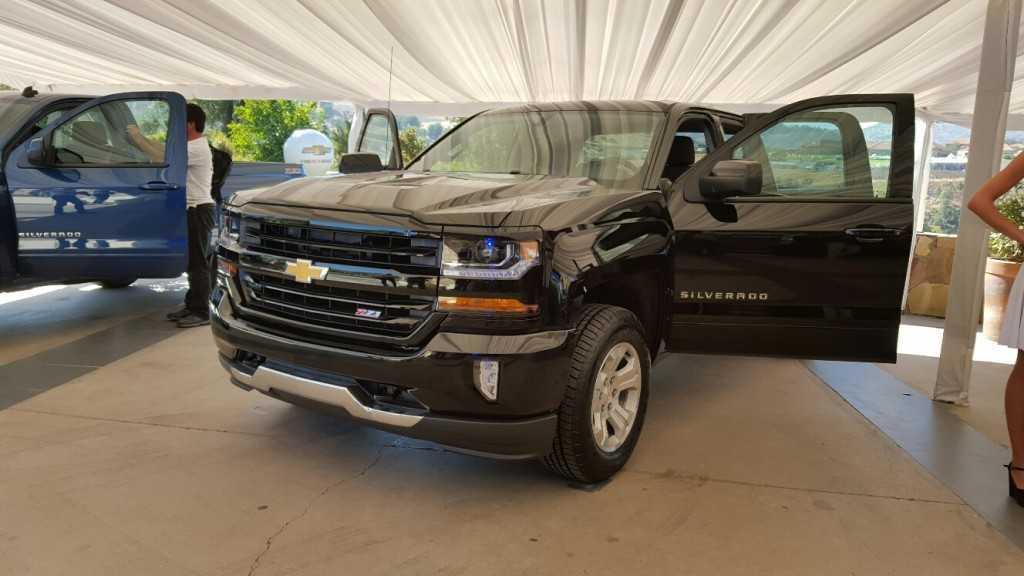 Chevrolet Silverado 2016 (17)