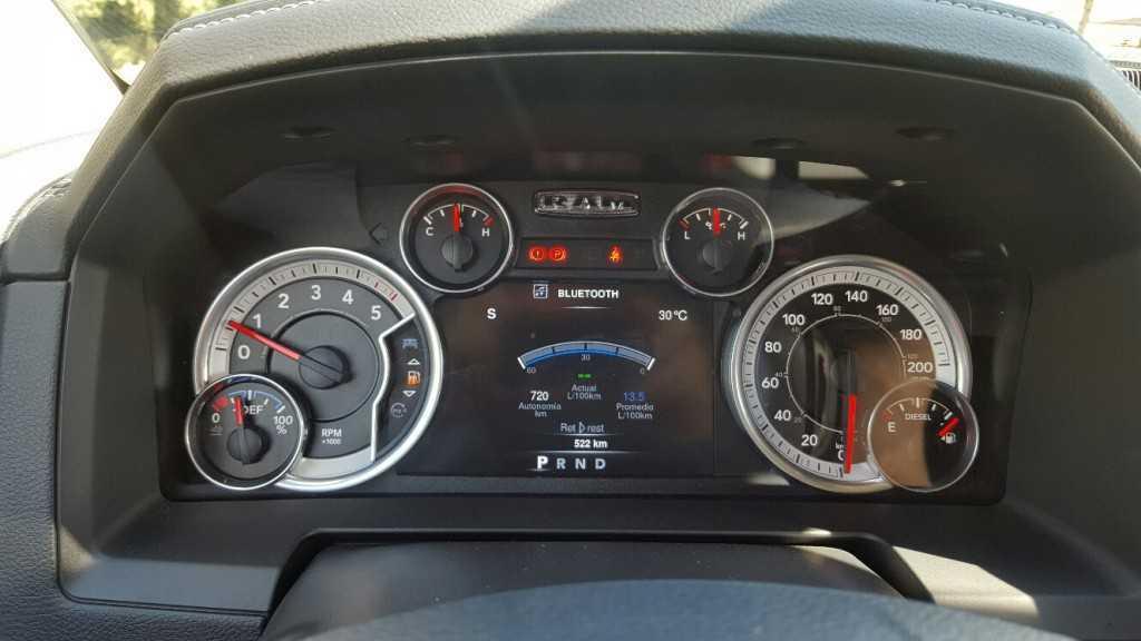 Dodge Ram 1500 EcoDiesel (14)