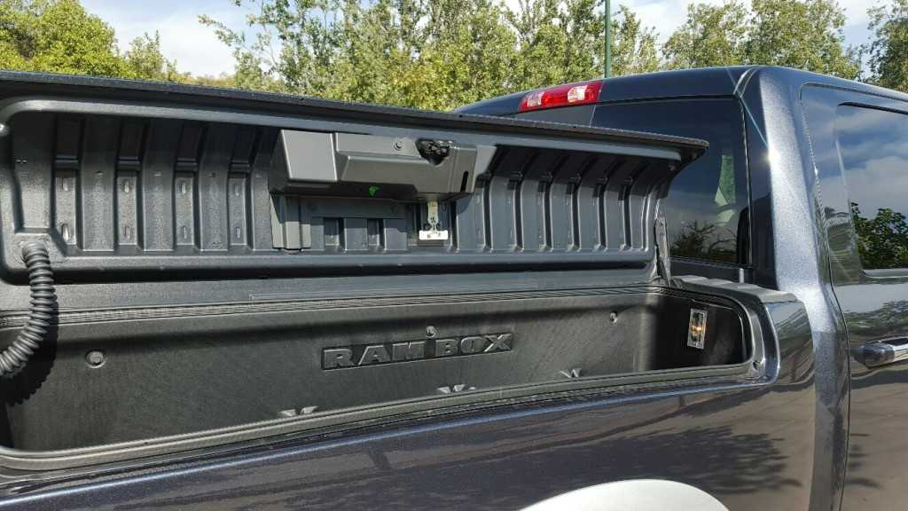 Dodge Ram 1500 EcoDiesel (20)