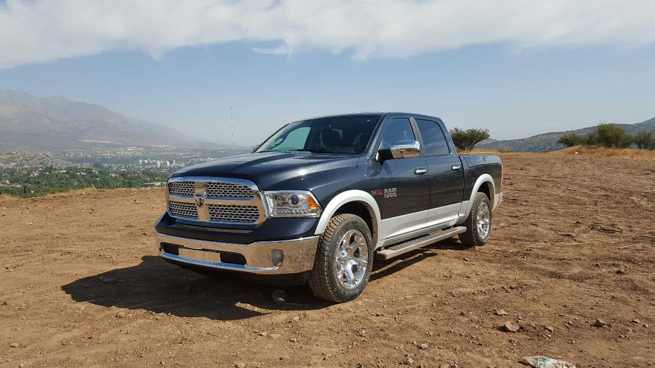dodge ram ecodiesel 1500 3 0 td 240 cv 8at la ahorradora rutamotor. Black Bedroom Furniture Sets. Home Design Ideas