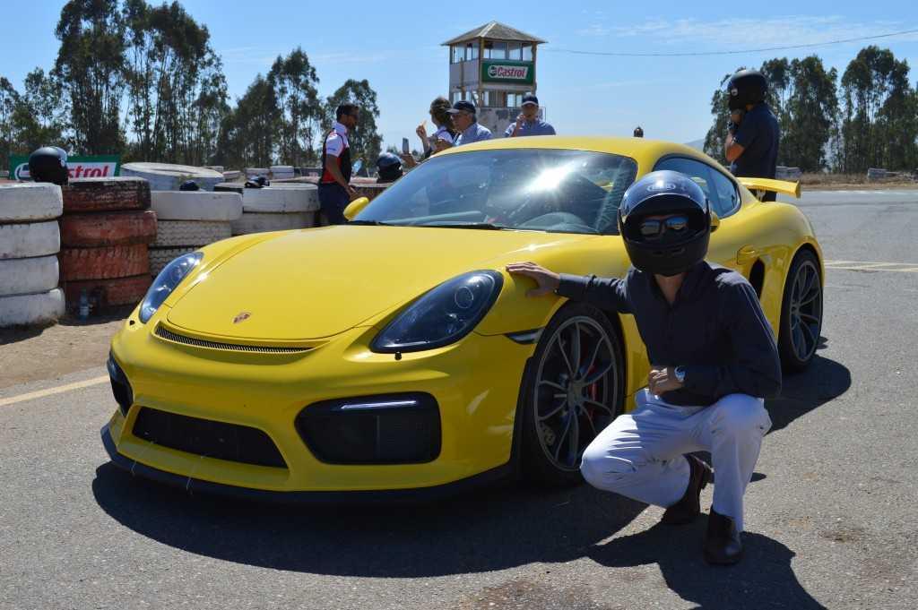 Porsche Cayman GT4 (8)