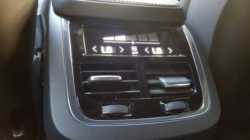Volvo XC90 T6 (34)