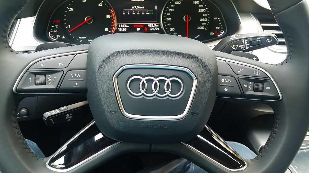 Audi Q7 3.0 TDI (28)