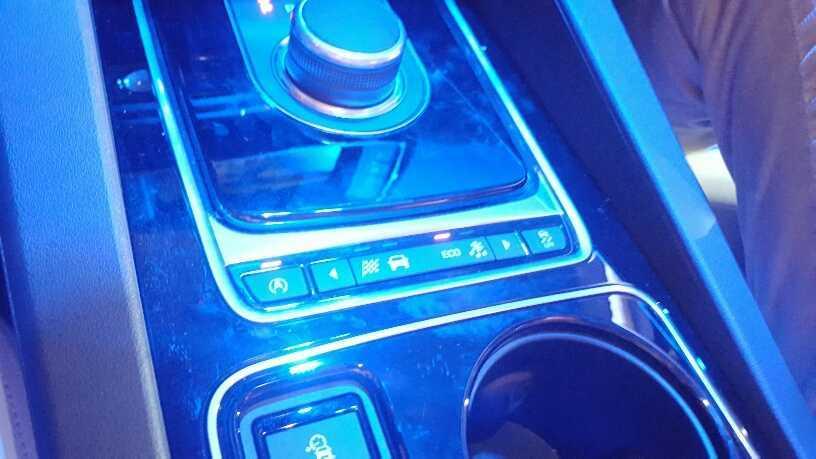 Jaguar F-Pace (11)