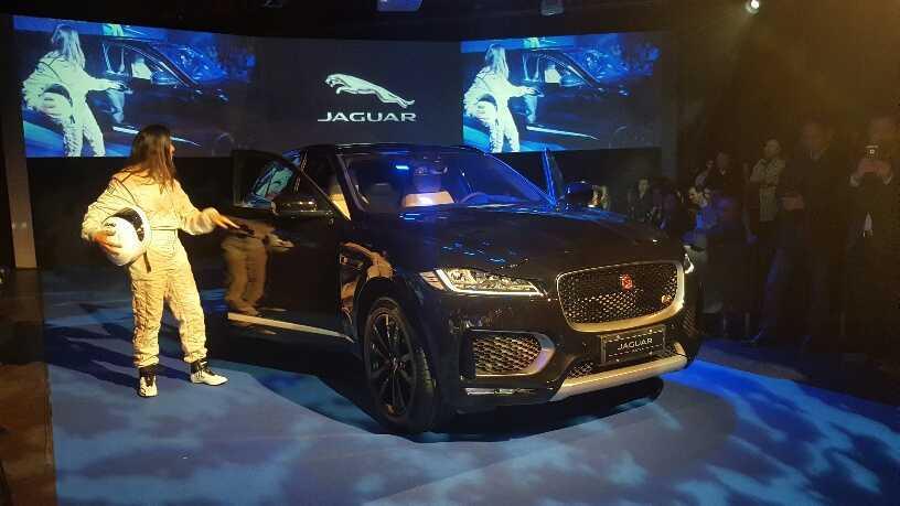 Jaguar F-Pace (4)