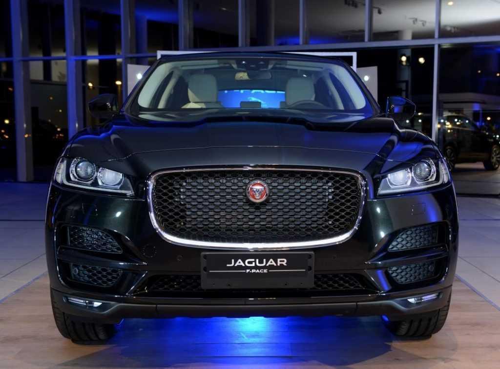 Jaguar F-Pace 5