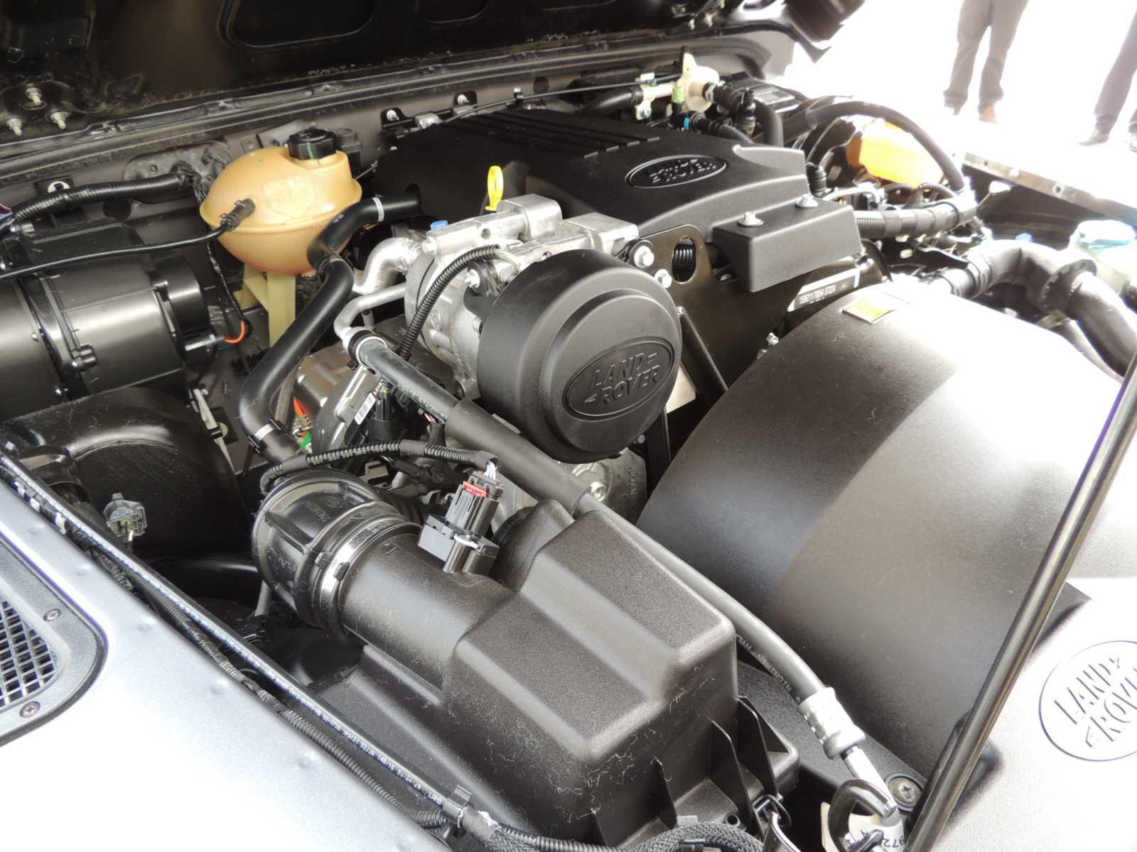 Land Rover Defender Adventure Clasicos Rutamotor (35)