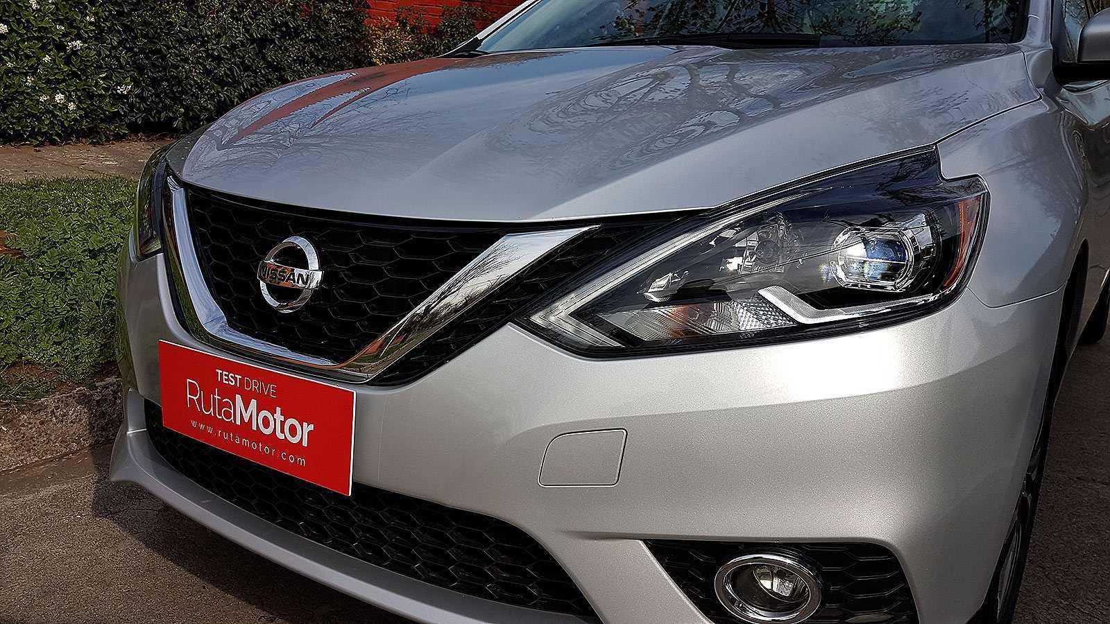 Nissan-Sentra-2016-rutamotor13
