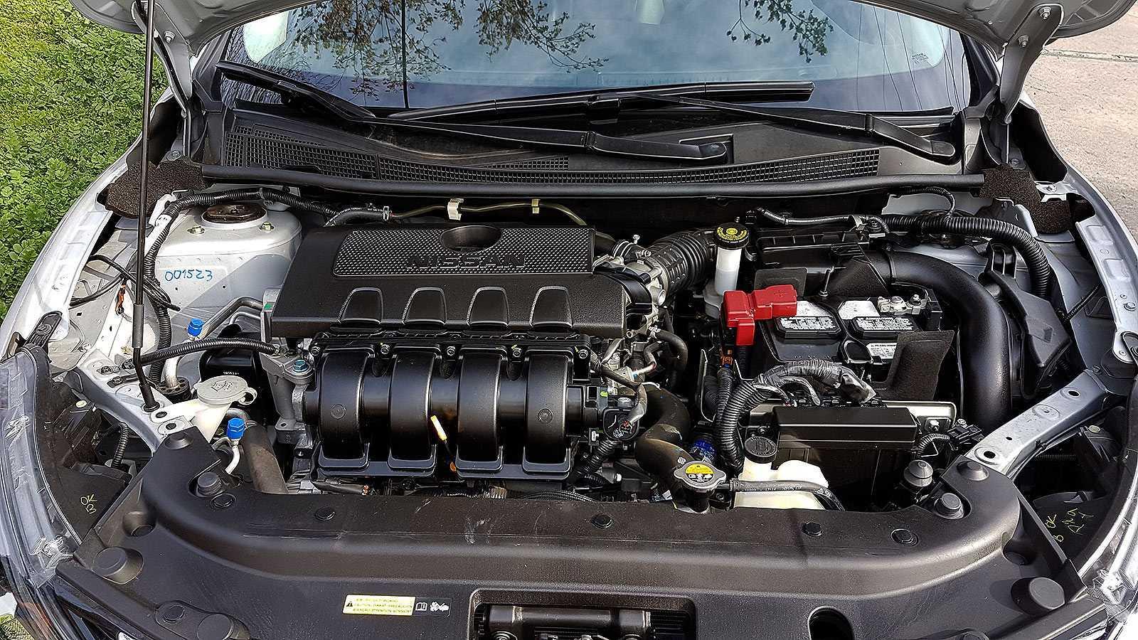 Nissan-Sentra-2016-rutamotor35