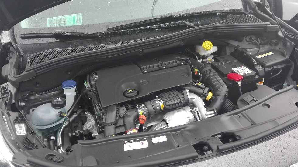 Peugeot 2008 facelift lanzamiento agosto 2016 (25)