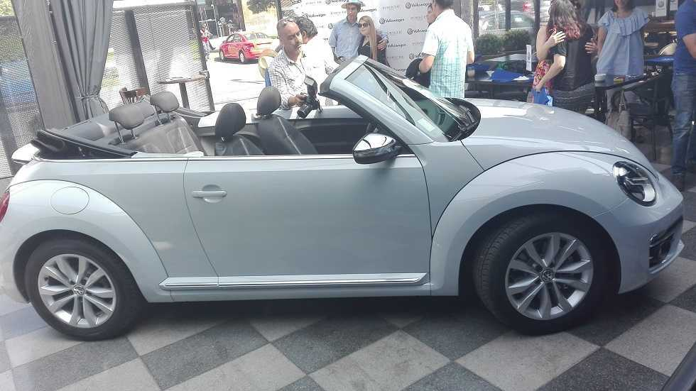 volkswagen beetle cabrio llega en una versi n nica 1 4 tsi rutamotor. Black Bedroom Furniture Sets. Home Design Ideas