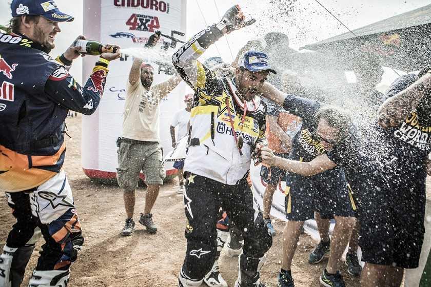 p-quintanilla-podio-campeon-mundial-rally4