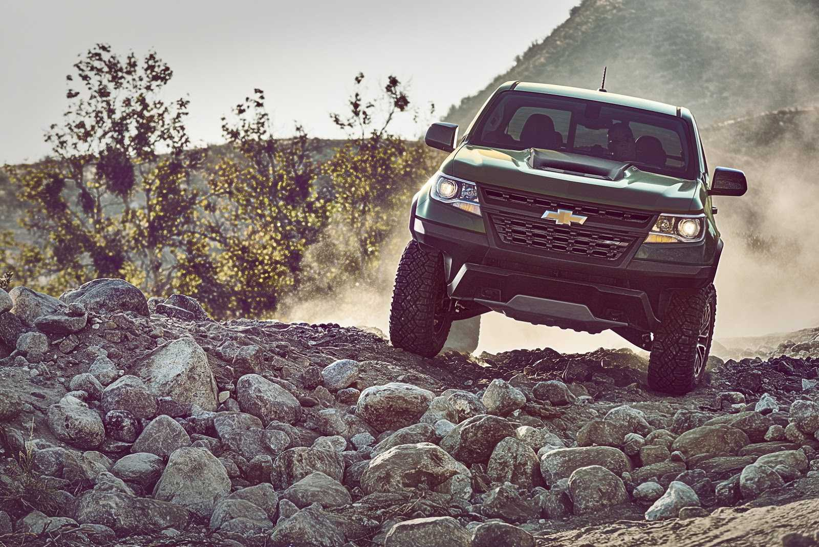 2017-chevrolet-colorado-zr2-6