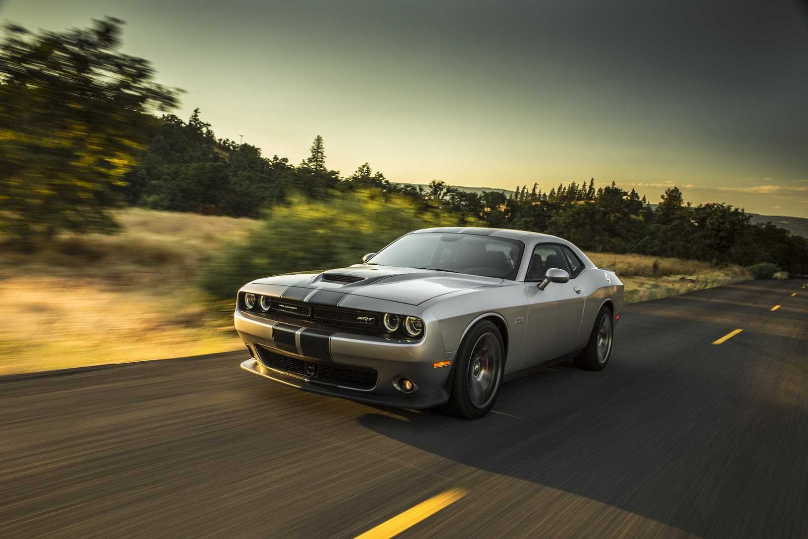dodge-charger-challenger-32