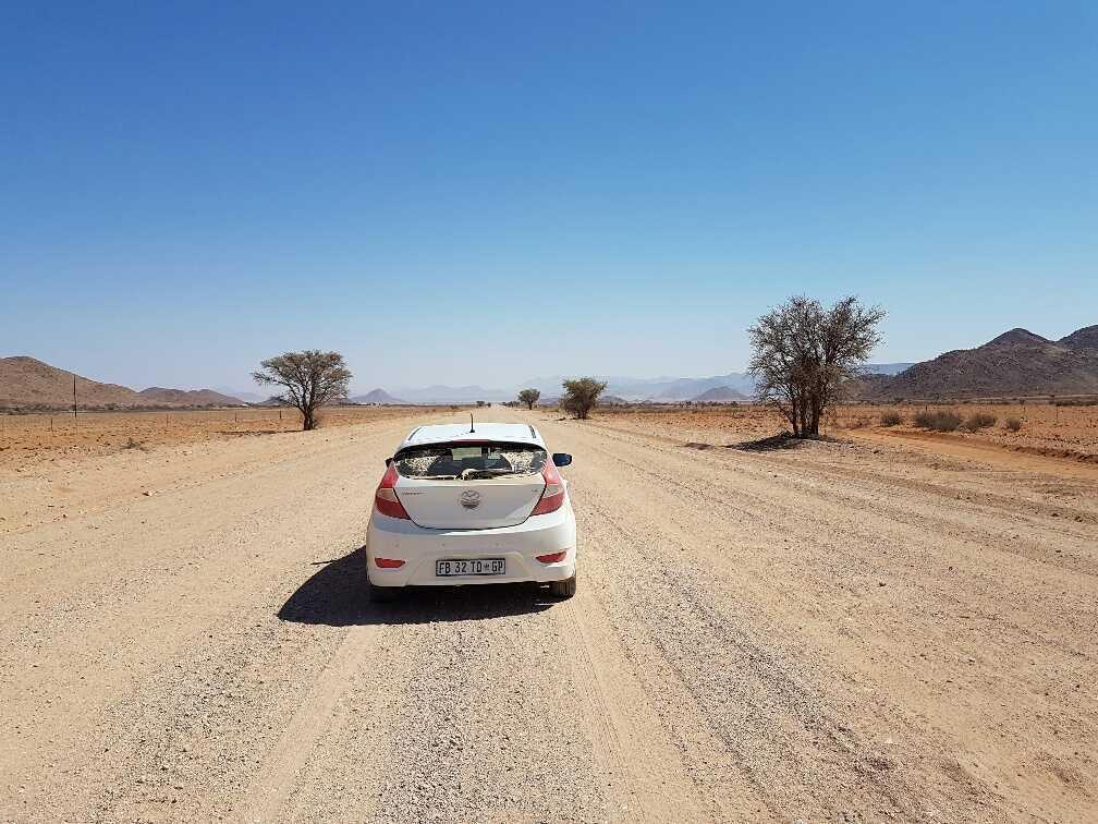 hyundai-accent-namibia-28