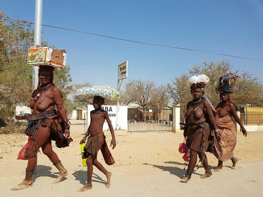 hyundai-accent-namibia-57