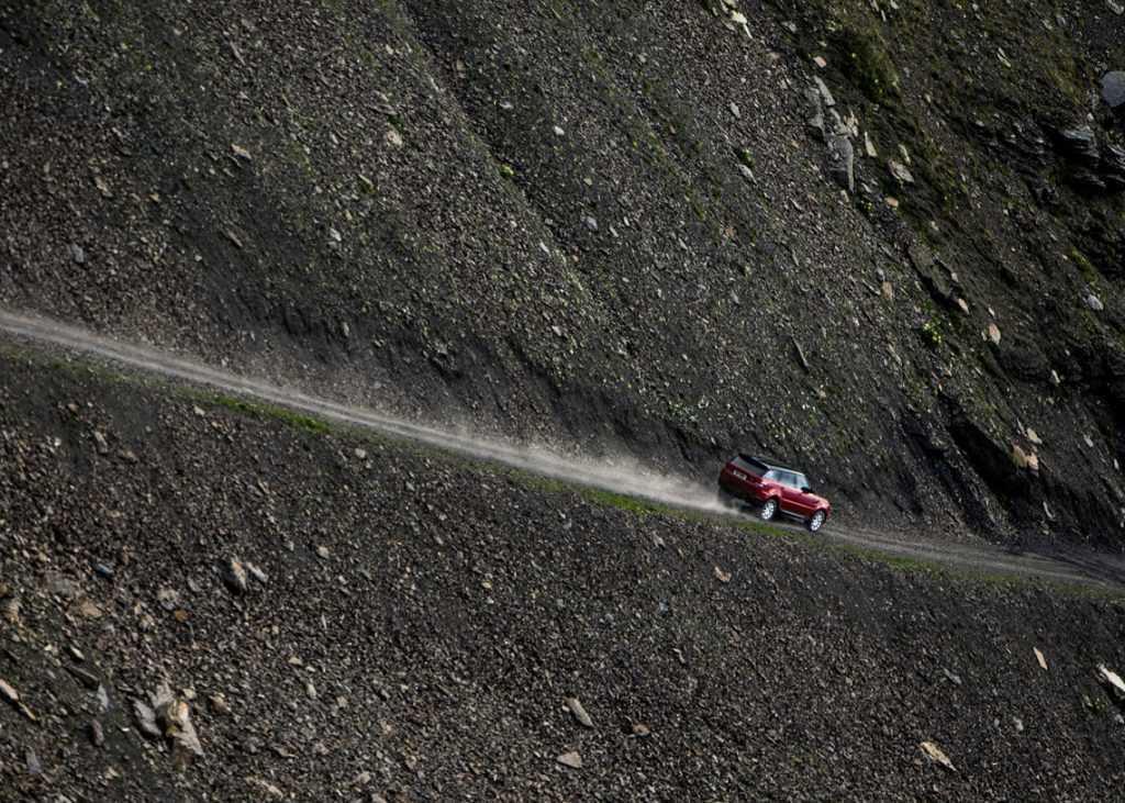 range-rover-sport-bajando-infierno-3