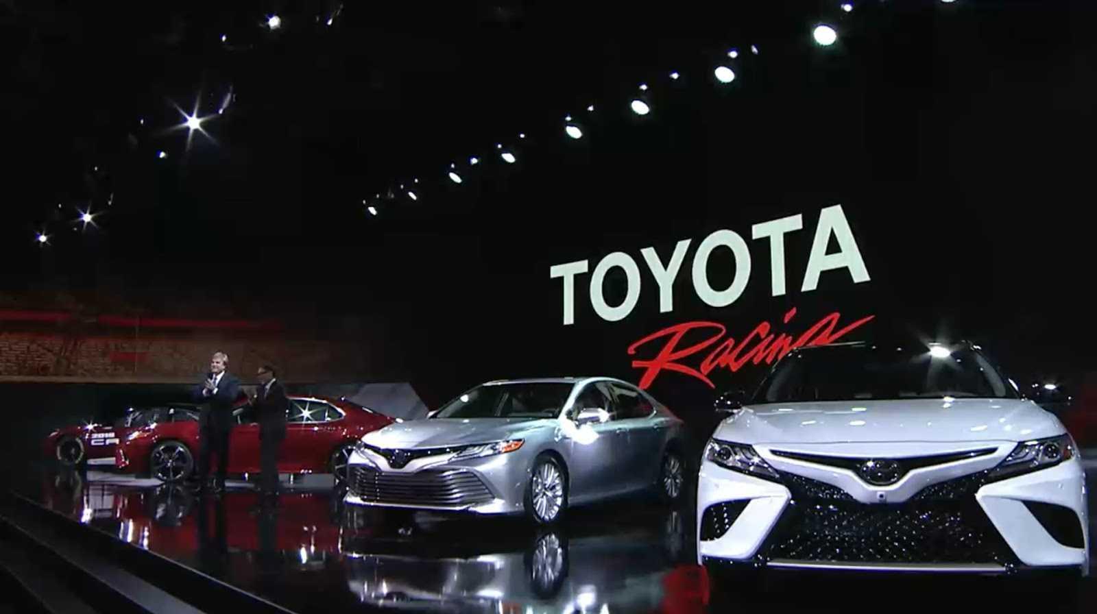 Toyota Renueva Al Camry 2018 Con Un Diseño Más Llamativo