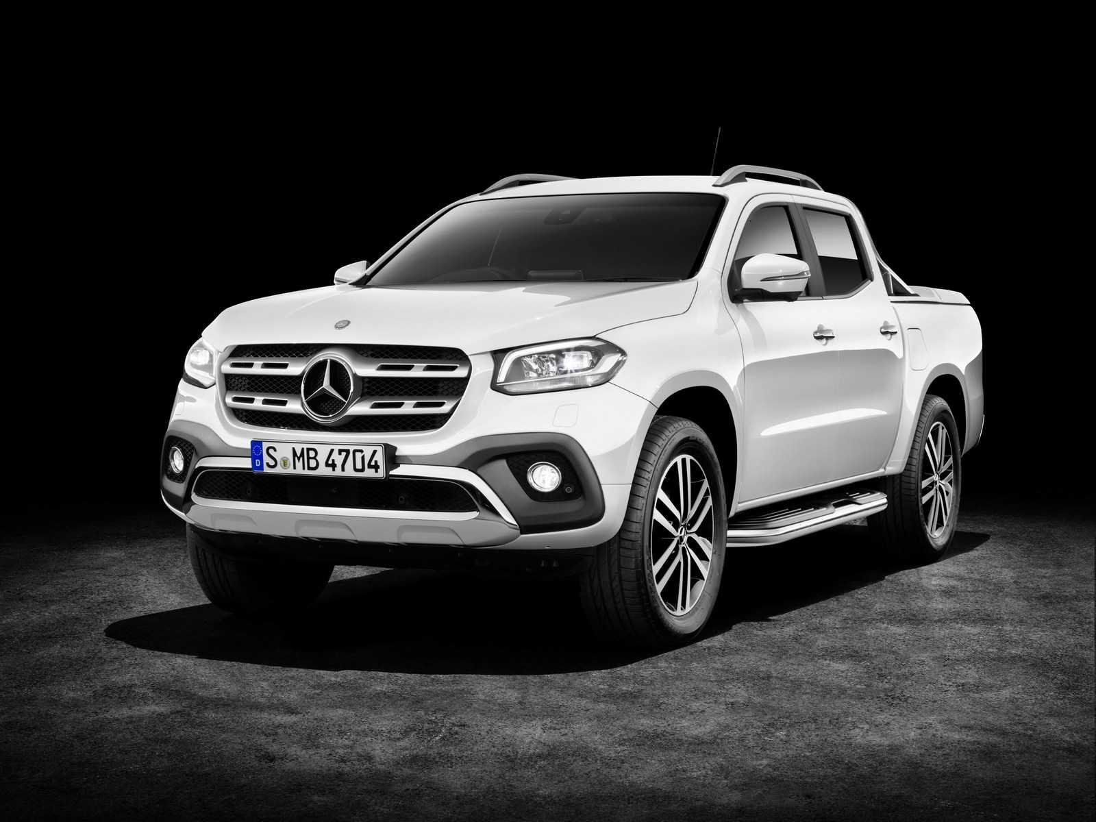 Mercedes Benz lanzó oficialmente su camioneta Clase X - Rutamotor
