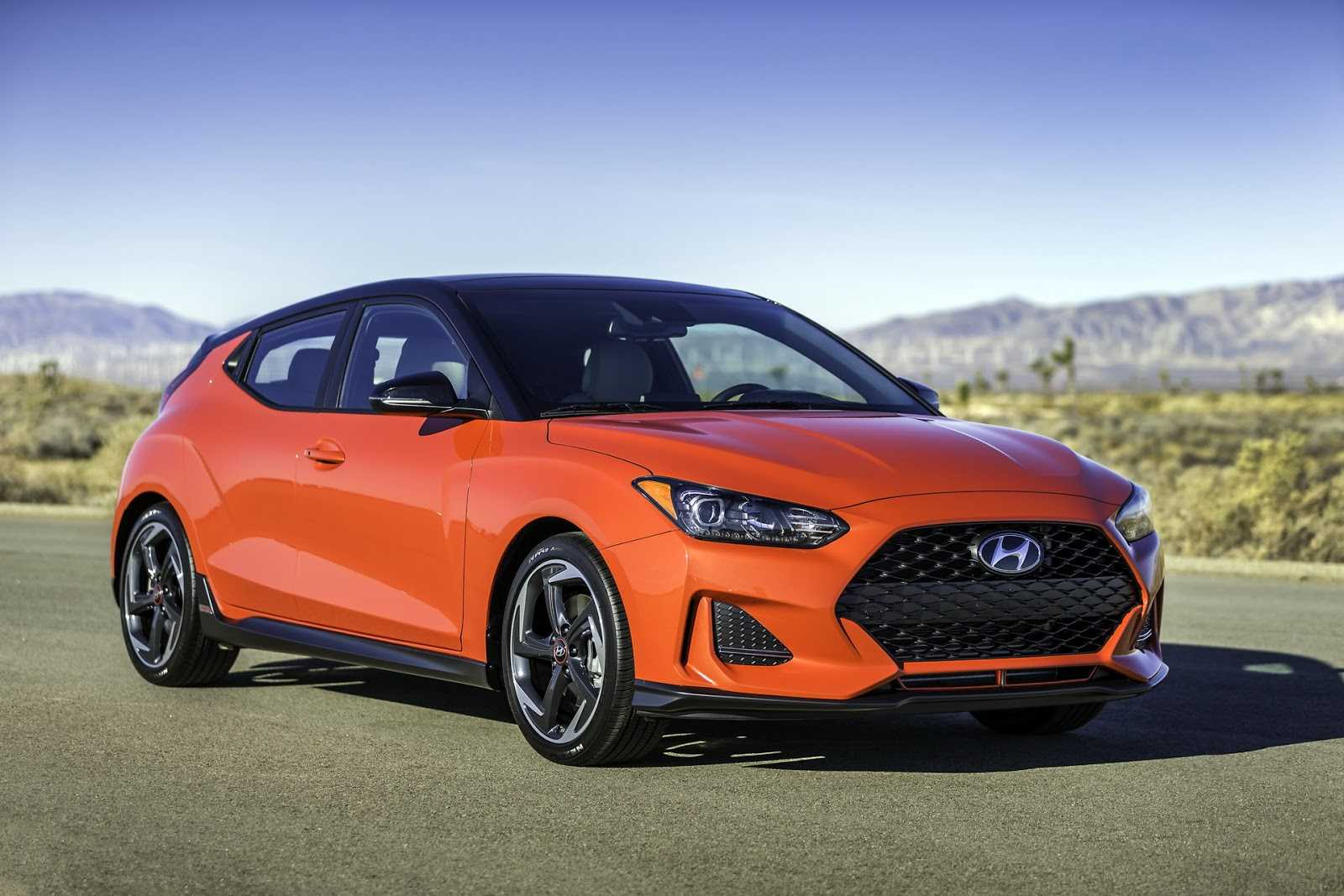 naias 2018 aparece el nuevo hyundai veloster en versiones normal y la deportva n rutamotor. Black Bedroom Furniture Sets. Home Design Ideas