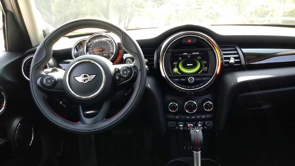 MINI Cooper S 5P 2.0T 6AT Pepper 2018: Diversión para cinco - Rutamotor