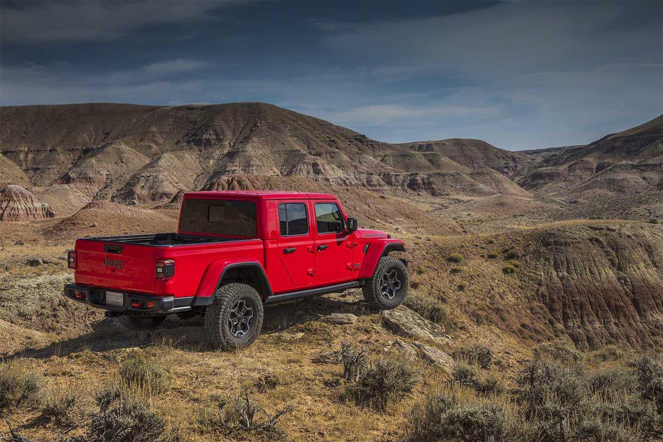 Jeep lanza oficialmente su camioneta Gladiator basada en ...