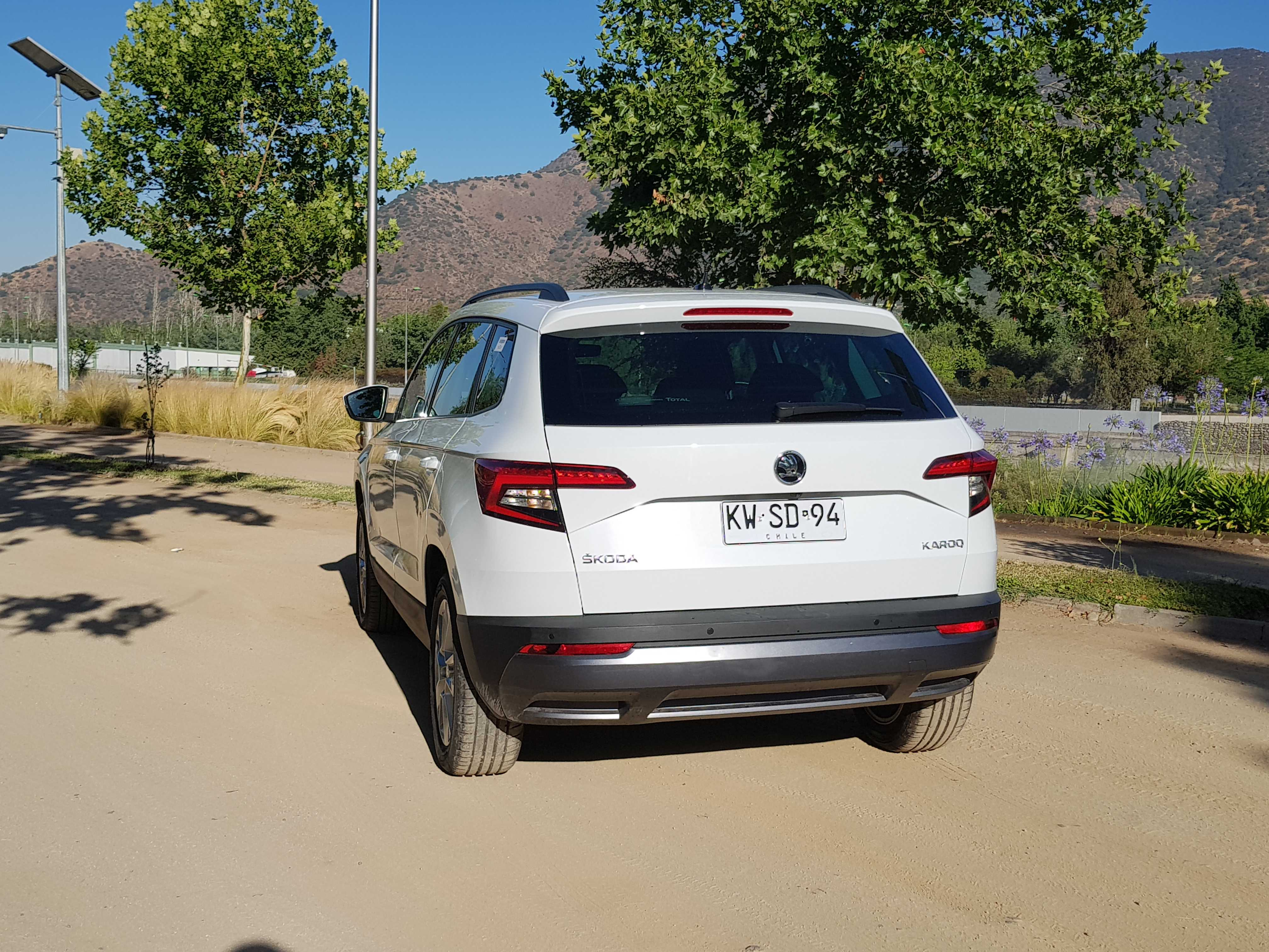 test drive skoda karoq 1 5 tsi 6mt 150 hp el esperado checo. Black Bedroom Furniture Sets. Home Design Ideas