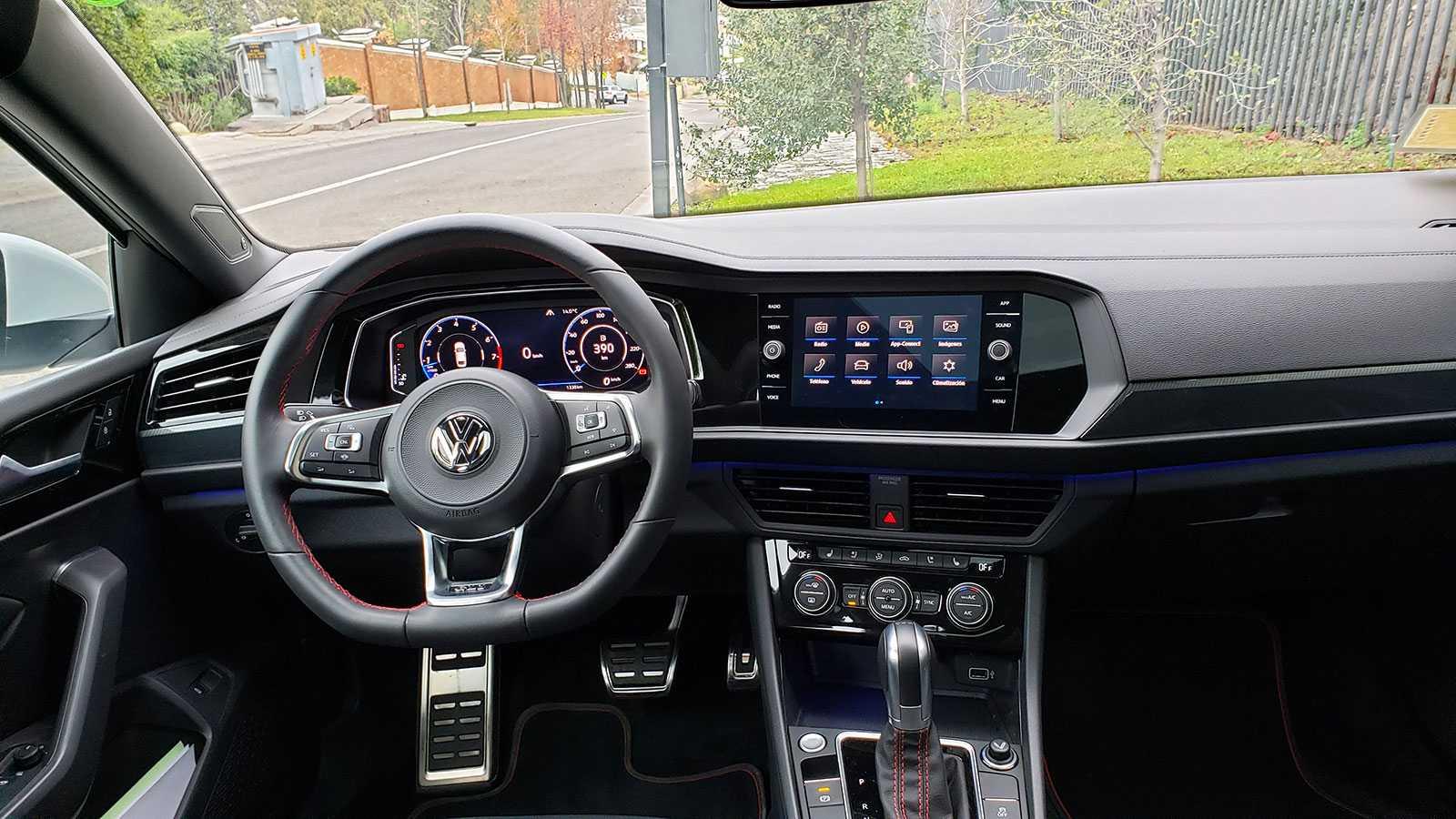 Volkswagen Jetta Gli Dsg 2 0tsi 230 Hp Un Sedan Con Esteroides